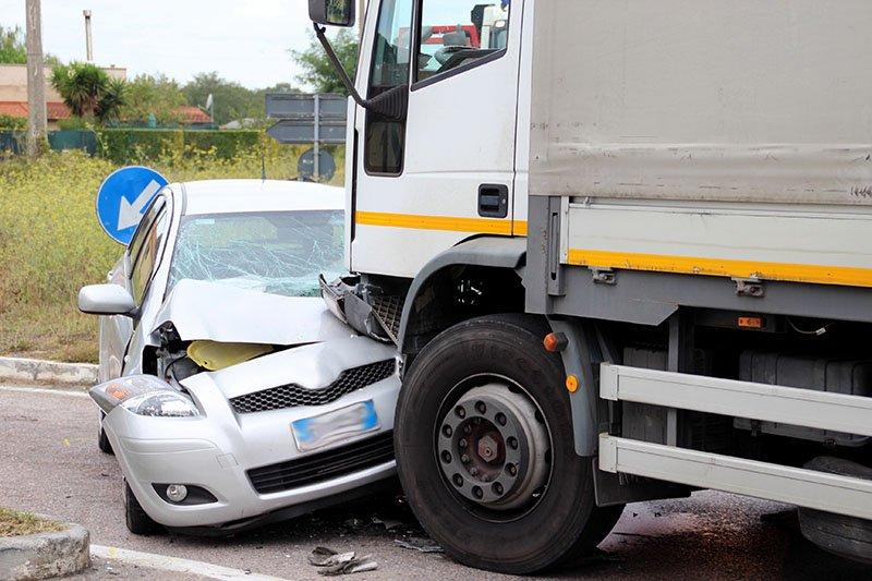 semi truck accidents attorney